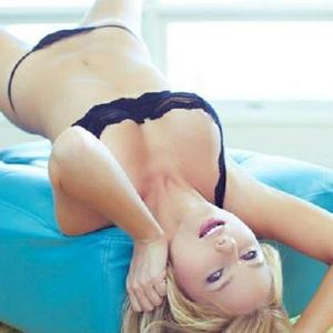 BlondIrma adult chat