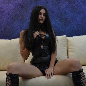Brianna_sky adult chat