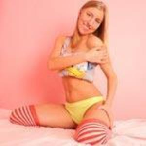 Kelly_Sweety adult chat